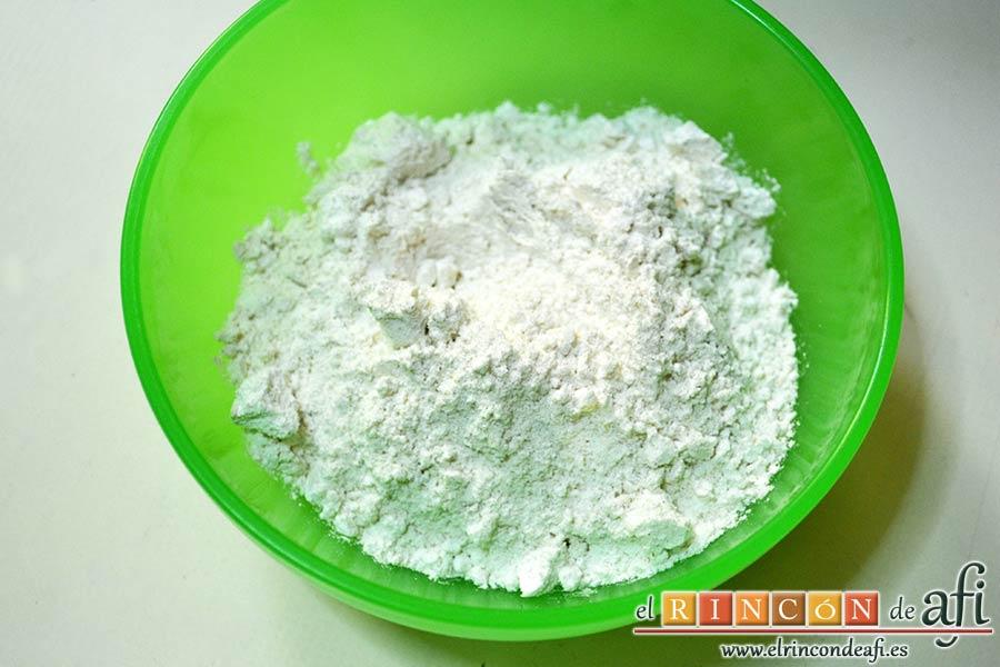 Brazo gitano con doble relleno, preparar la harina