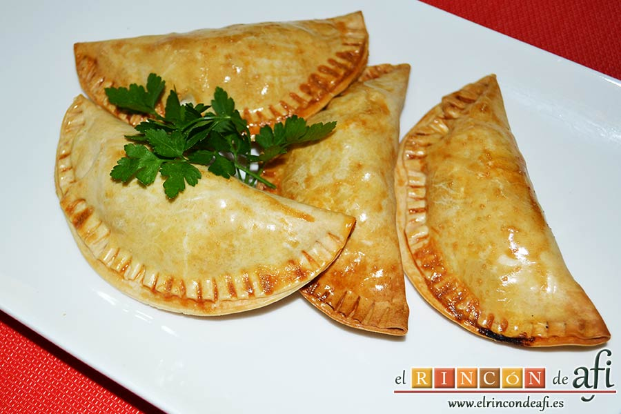 Empanadillas de carne horneadas, sugerencia de presentación