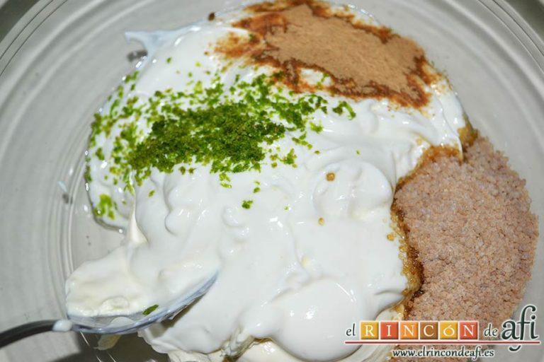 Crema de mango caramelizada, poner en un bol el resto de ingredientes