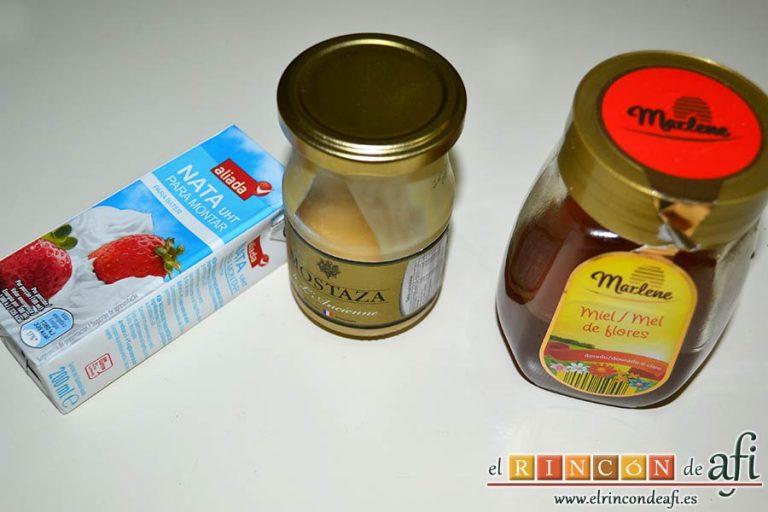 Solomillo de ternera con salsa de mostaza y miel, preparar los ingredientes para la salsa
