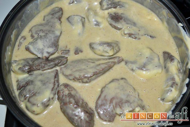 Solomillo de ternera con salsa de mostaza y miel, una vez hecho incorporar la salsa y cocer a fuego moderado 5-8 minutos