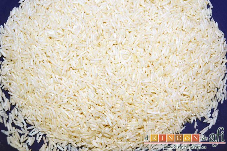 Ternera con pasta de curry, lavar bien el arroz basmati