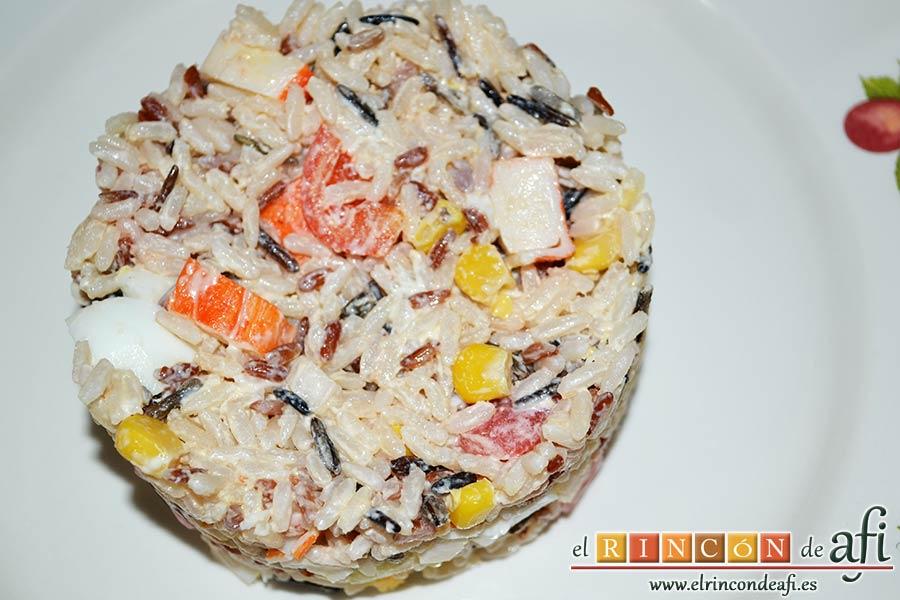 Ensalada de arroz de tres colores, sugerencia de presentación