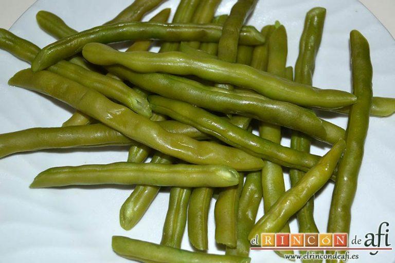 Lasaña de verduras con mozzarella fresca, escurrir las habichuelas