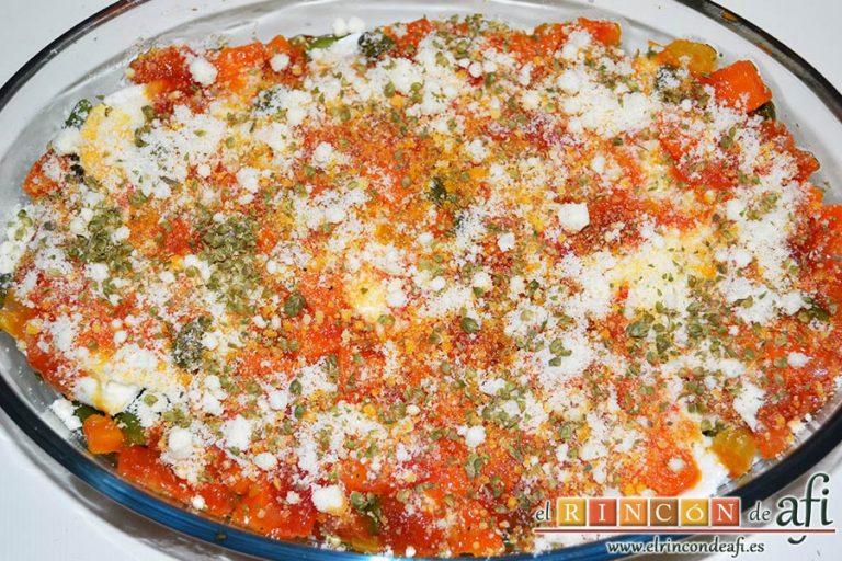 Lasaña de verduras con mozzarella fresca, finalmente espolvorear con queso parmesano y orégano