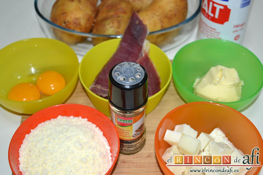 Papas rellenas de jamón y queso, preparar los ingredientes