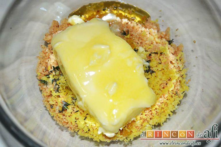 Coles de Bruselas con mantequilla de avellanas, añadimos la mantequilla