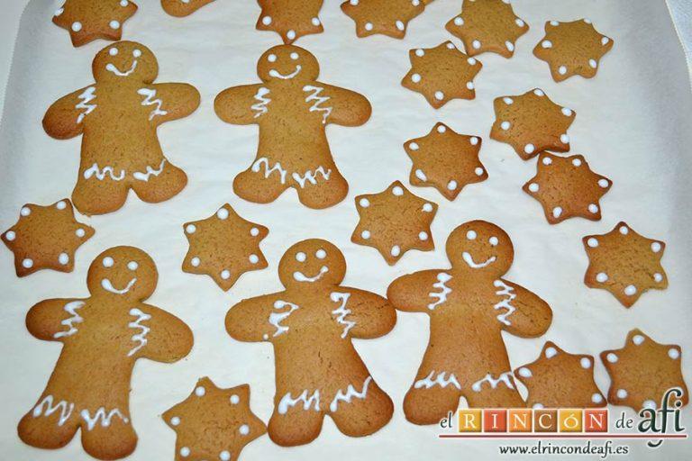 Galletas de jengibre y canela, hacer motivos navideños variados