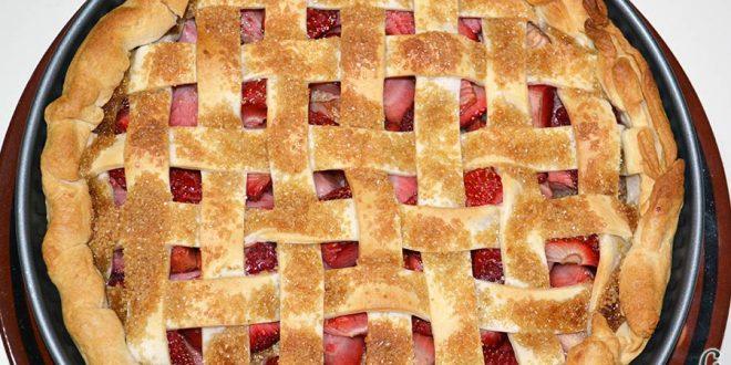 Tarta de fresas y almendras