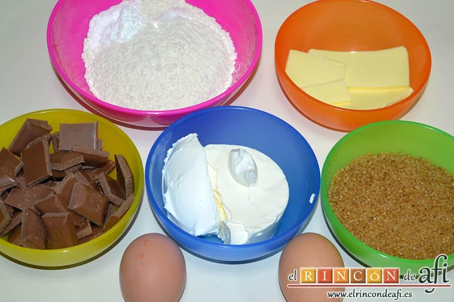 Pastel de chocolate y queso crema, preparar los ingredientes