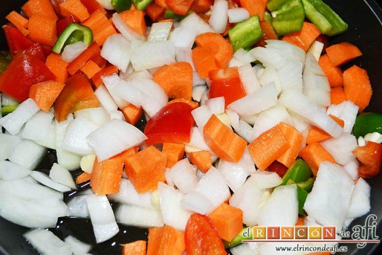 Taquitos de cerdo en salsa agridulce, ponerlas a pochar