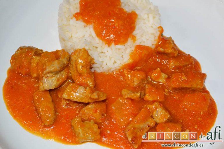 Taquitos de cerdo en salsa agridulce, sugerencia de presentación