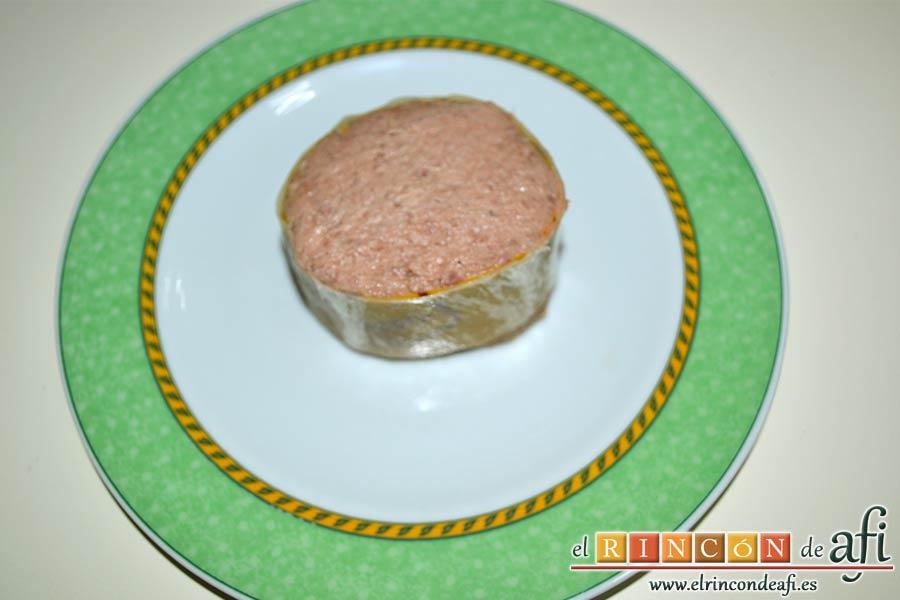 Enrolladitos de paté Mano de Hierro y pan de molde, preparamos el paté