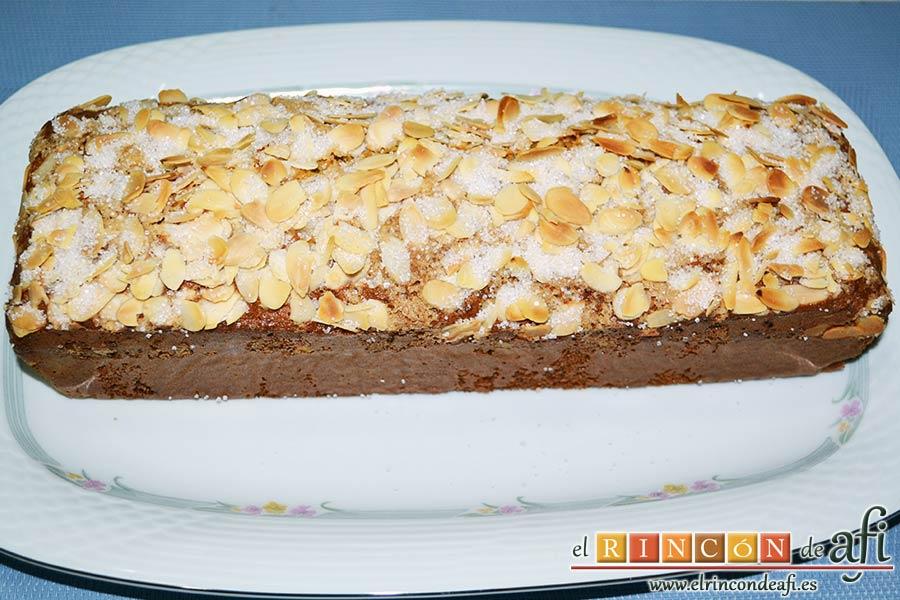 Bizcocho de queso crema con semillas de amapola, sugerencia de presentación