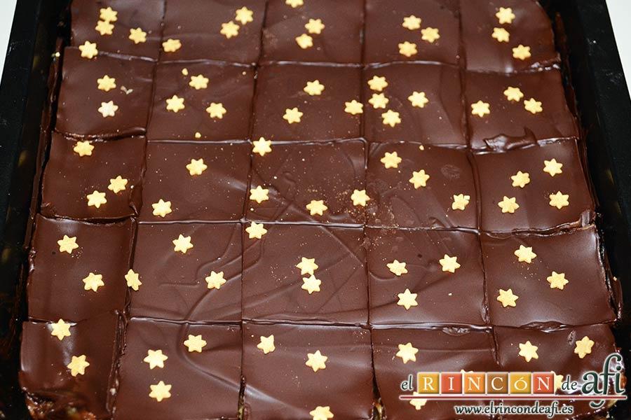 Delicias de Navidad con chocolate y caramelo, decorar al gusto