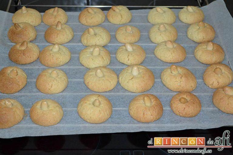 Pastitas de almendra, hornearlas a 160 grados unos 15-20 minutos