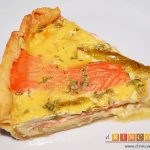 Tarta de salmón marinado y espárragos trigueros