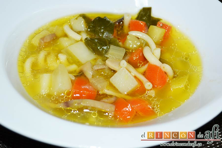 Sopa de verduras, sugerencia de presentación