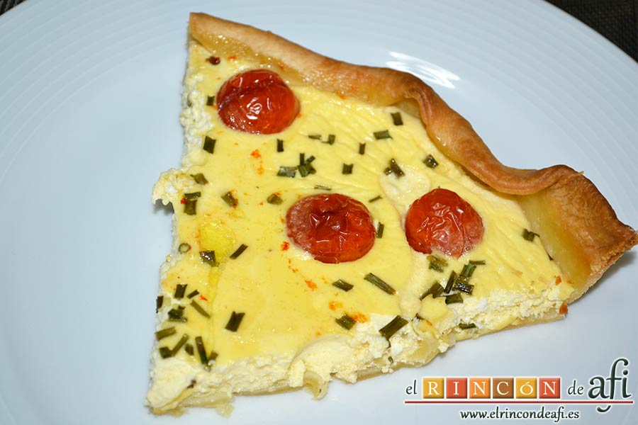 Quiche con queso de cabra y tomates cherry, sugerencia de presentación