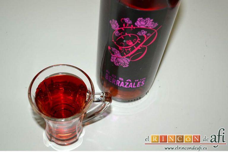 Chipirones en salsa picante, preparar el vino rosado