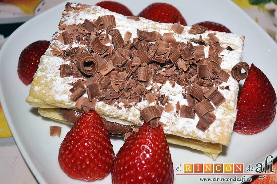 Milhojas de hojaldre con chocolate