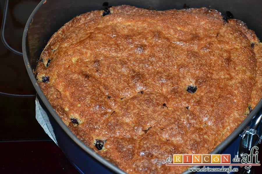 Tarta americana de arándanos, hornear hasta que salga limpio el palito