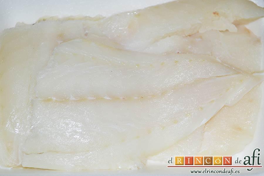 Bacalao en salsa de tomate y pimiento verde, preparar el bacalao