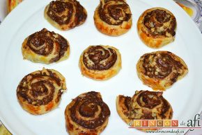 Caracolas de Nutella y nueces