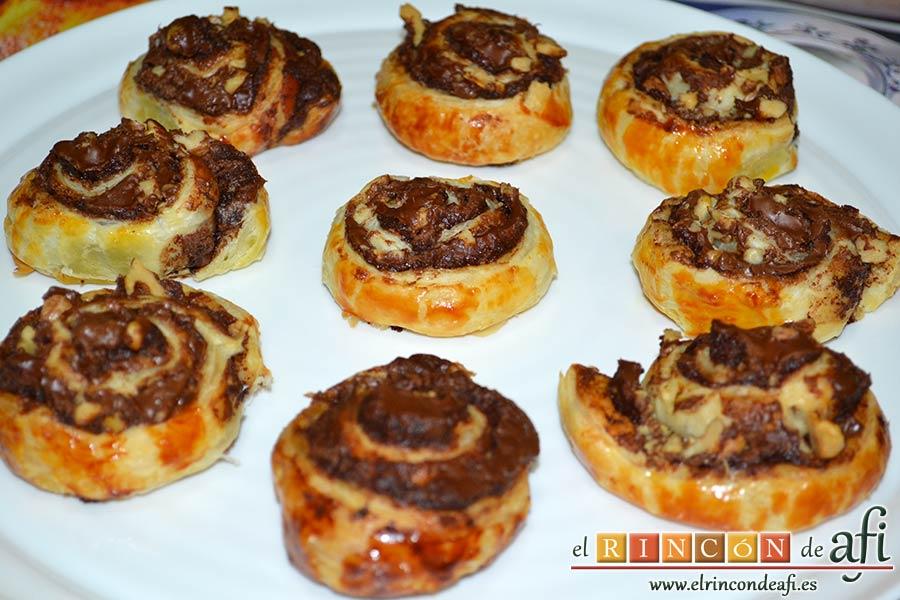 Caracolas de Nutella y nueces, sugerencia de presentación
