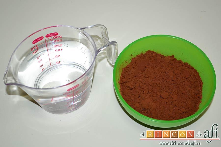 Pastel del diablo, preparar el agua y el cacao