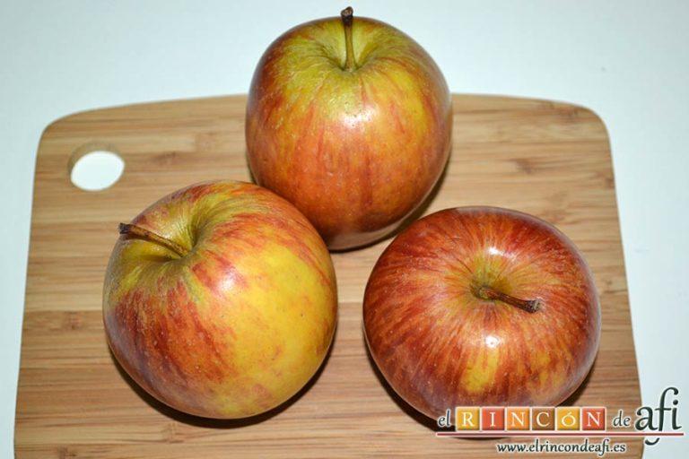 Confit de pato con compota de manzana y bocaditos de papas, lavar las manzanas