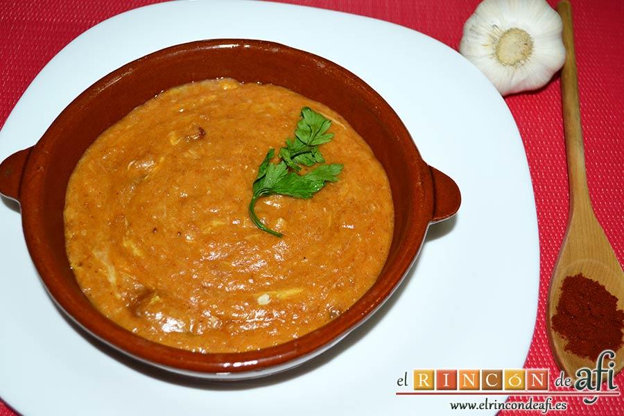 Sopa de ajo humilde, sugerencia de presentación
