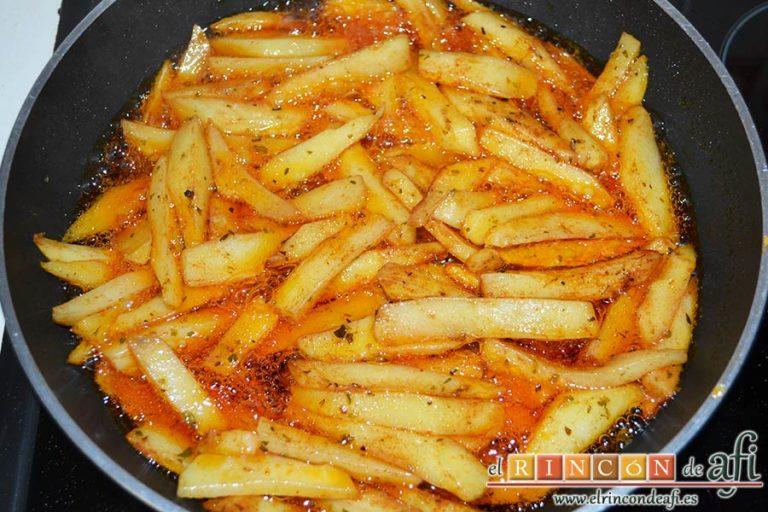 Chuletas de Sajonia con salsa de perejil, dejar que se hagan