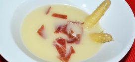 Sopa de espárragos blancos