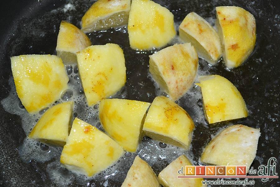 Espaguetis al limón, hasta que queden bien dorados
