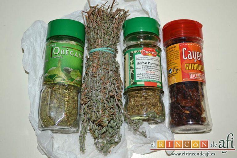 Salchichas al horno con tomate y hierbas, preparar las especias
