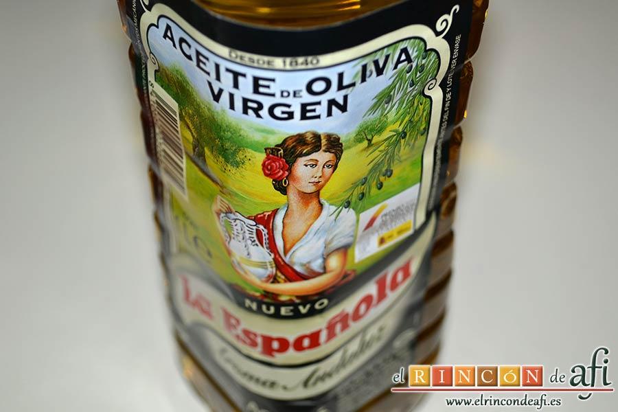 Salchichas al horno con tomate y hierbas, preparar el aceite de oliva