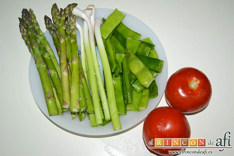 Arroz con costilla de ternera blanca, judías verdes, ajos tiernos y espárragos trigueros, preparar las verduras