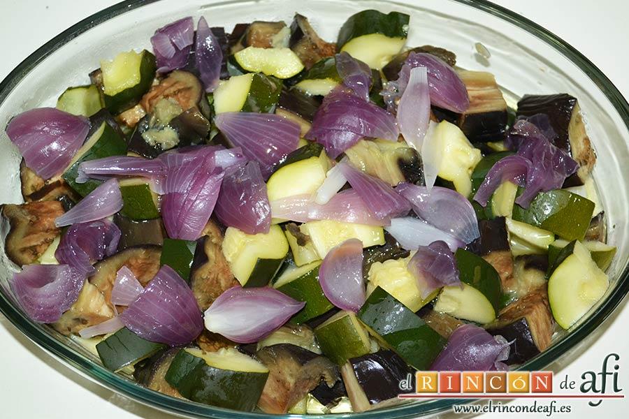 Secreto de cerdo a la plancha con verduras al horno, repartirla por toda la fuerza