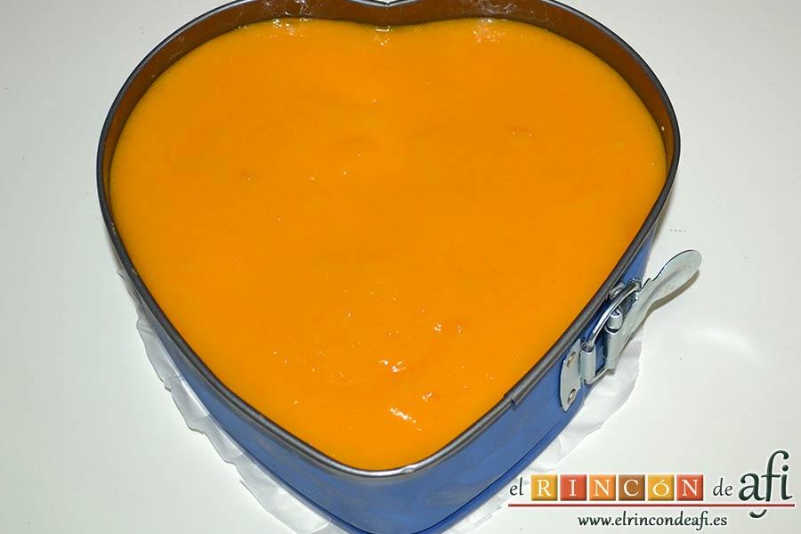 Tarta de mousse de mango con gelée, dejar enfriar mejor toda la noche en nevera