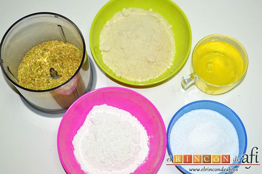 Financiers de frambuesas y pistachos, preparar los demás ingredientes