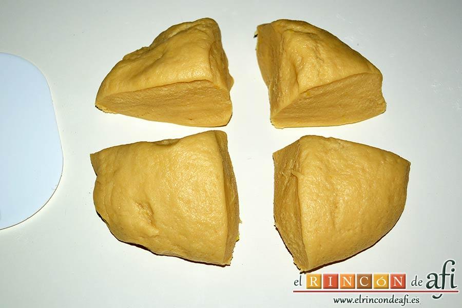 Pasteles rellenos de carne de membrillo, dividirla en cuatro partes
