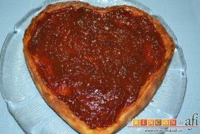 Tarta de queso con harina de fécula de maíz y mermelada de ciruelas rojas casera