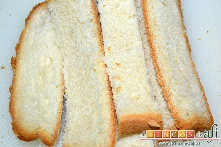 Pan rallado de Buddy, coger rebanadas de pan rústico