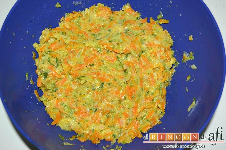 Albóndigas de verduras, mezclar todo bien
