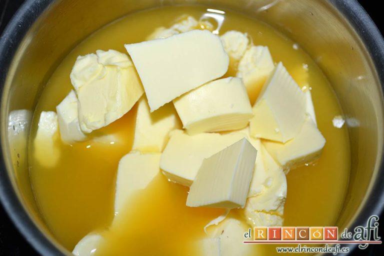 Crema de naranja en tulipa casera, añadir la mantequilla