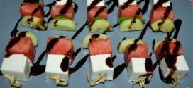 Brochetas de sandía, queso y pepino