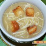 Sopa de cebollas al estilo de Flandes