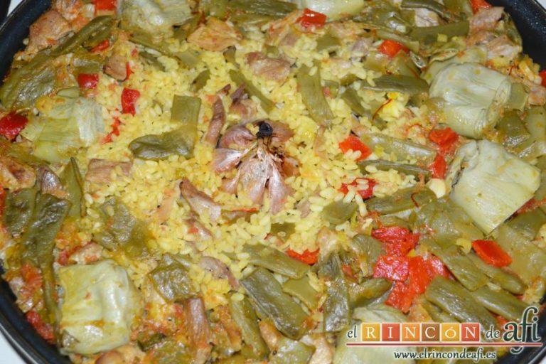 Arroz con secreto ibérico y verduras al horno, hornear