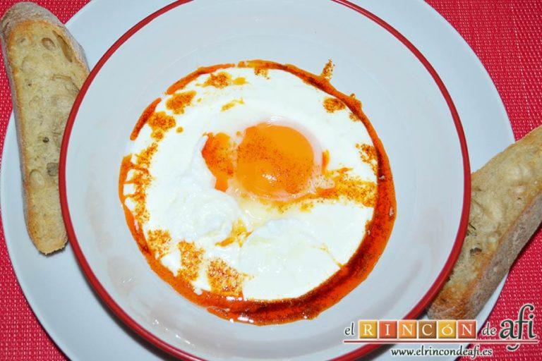 Huevos turcos, acompañar con pan tostado